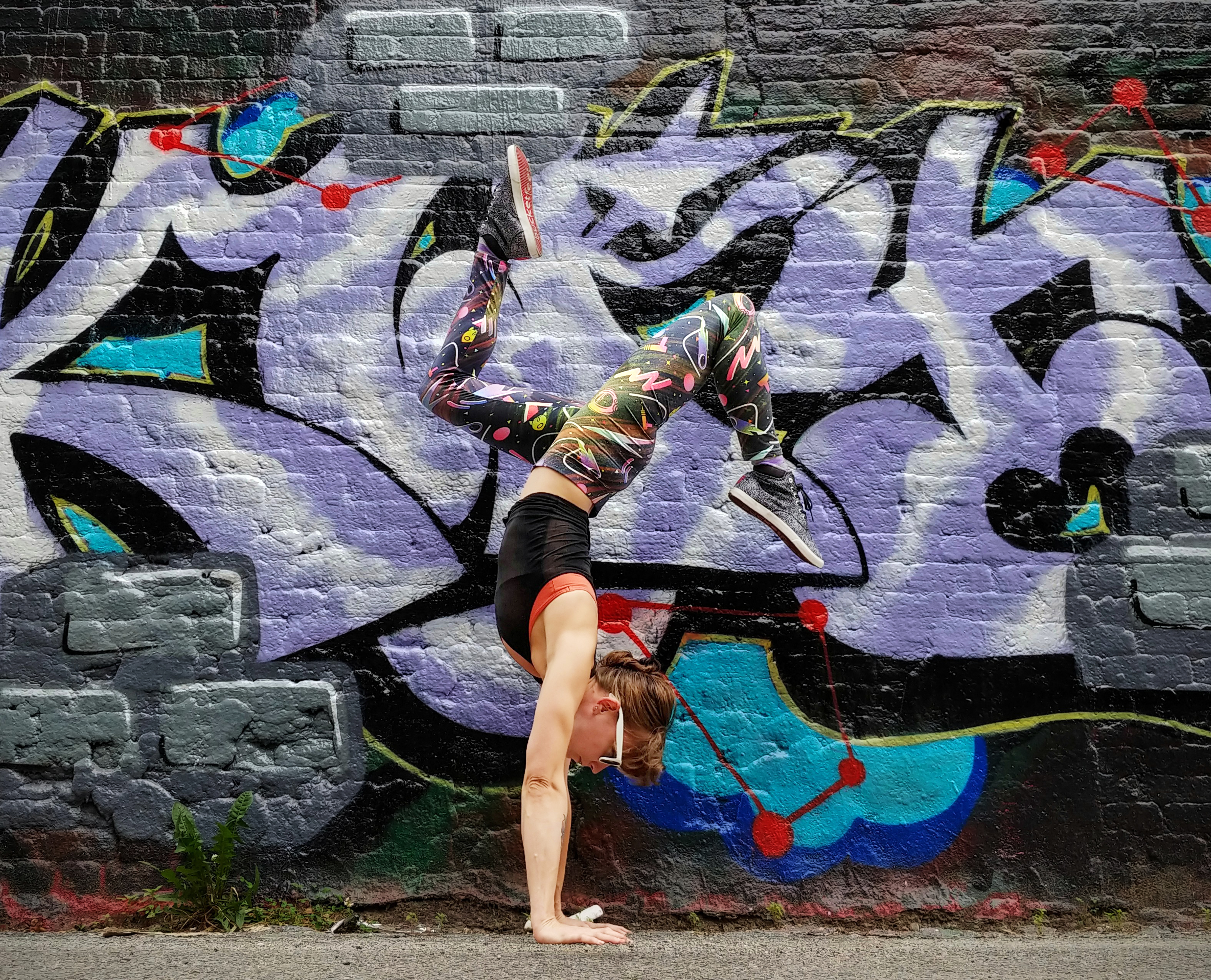 Yoga and murals - graffiti